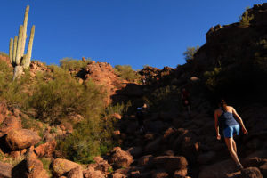 echo canyon summit trail best phoenix hiking trails for travel nurses