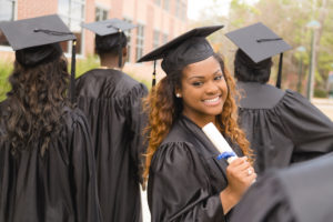tips on how recent nursing school graduates can prepare for a career in travel nursing