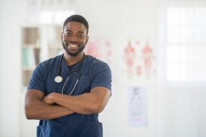 how to get nursing license for travel nursing assignment