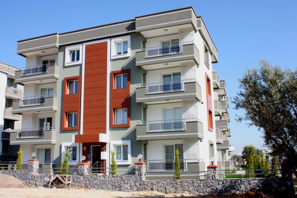 Housing options for travel nurses